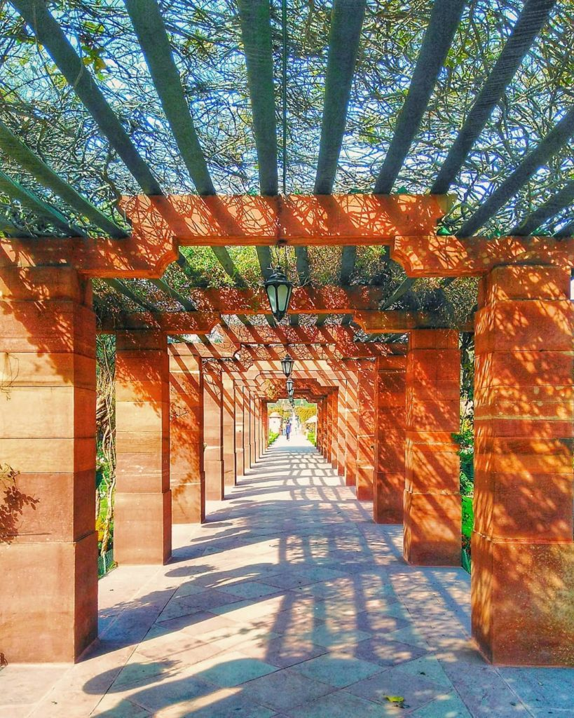 Mughal Garden Delhi - Kahajaun
