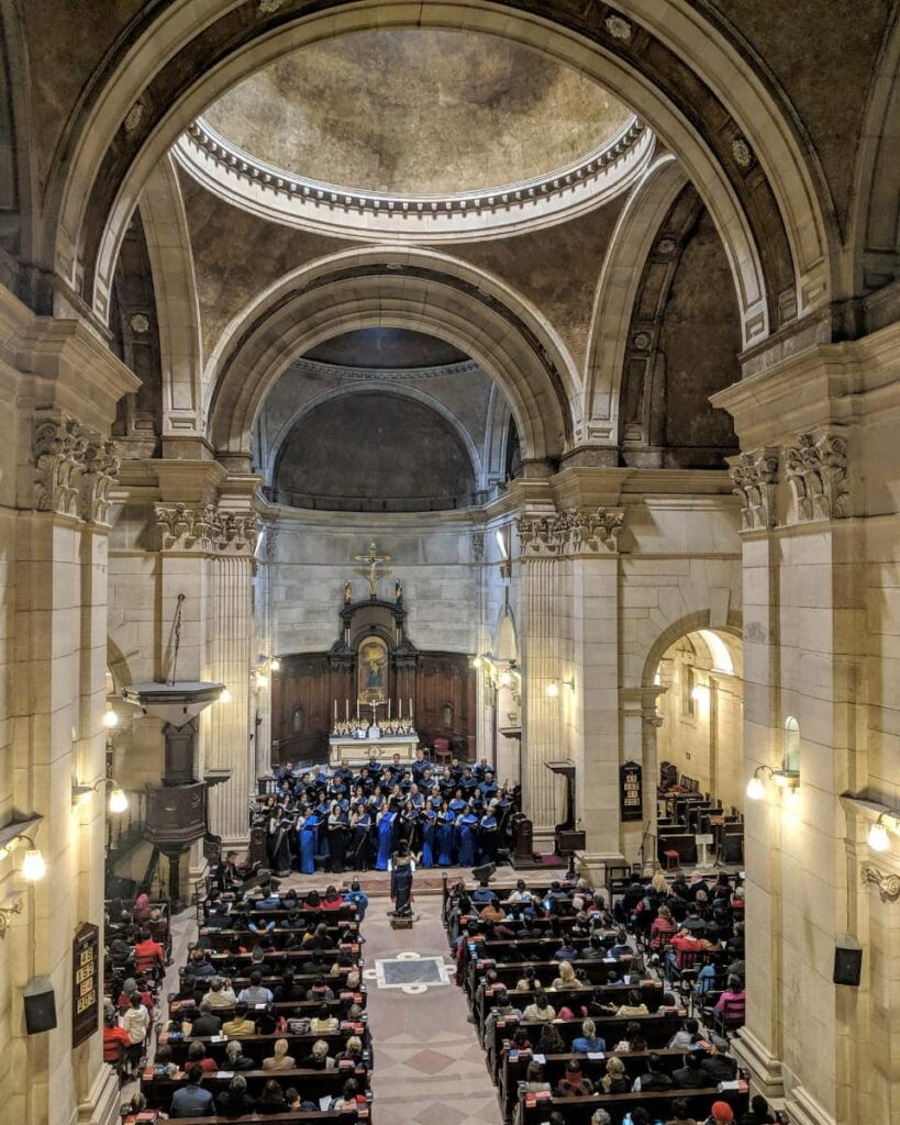 Cathedral-Church-of-the-Redemption-Delhi-Prayer-choir