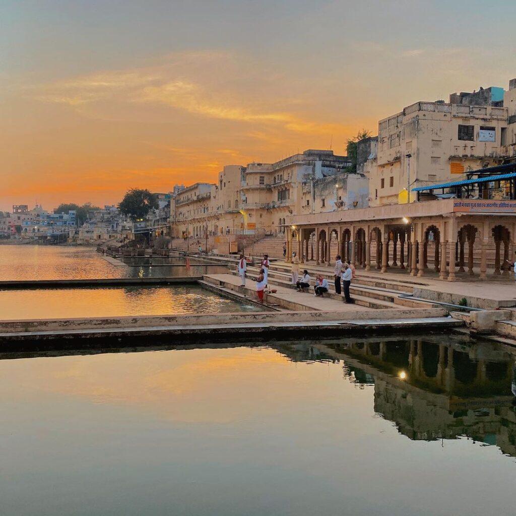 Pushkar-lake-history-kahajaun