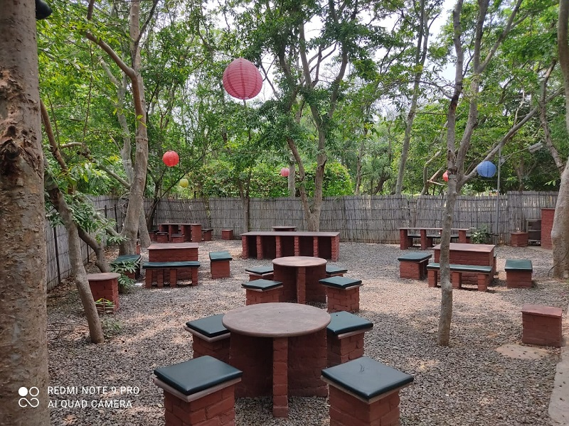 Roots - Cafe in the Park sector 29 gurgaon